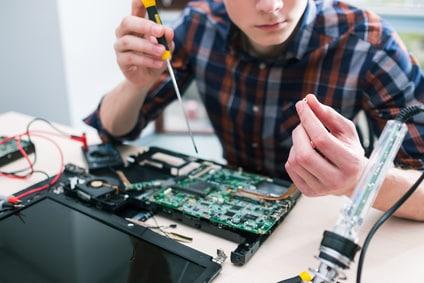 טכנאי מחשבים מומלץ תל אביב