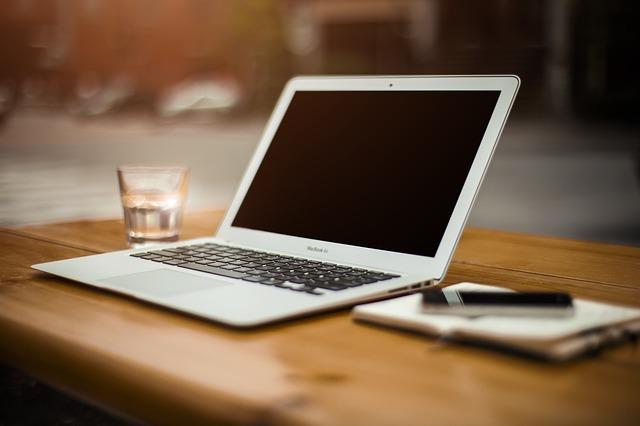 באיזה מחשב להתחדש: mac או pc?